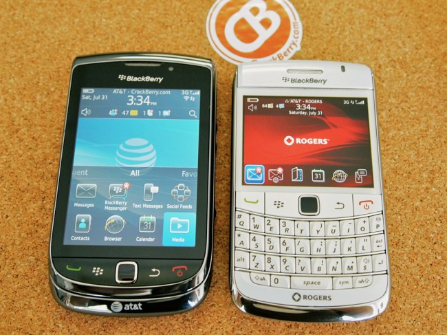 blackberry-torch-9800-vs-9