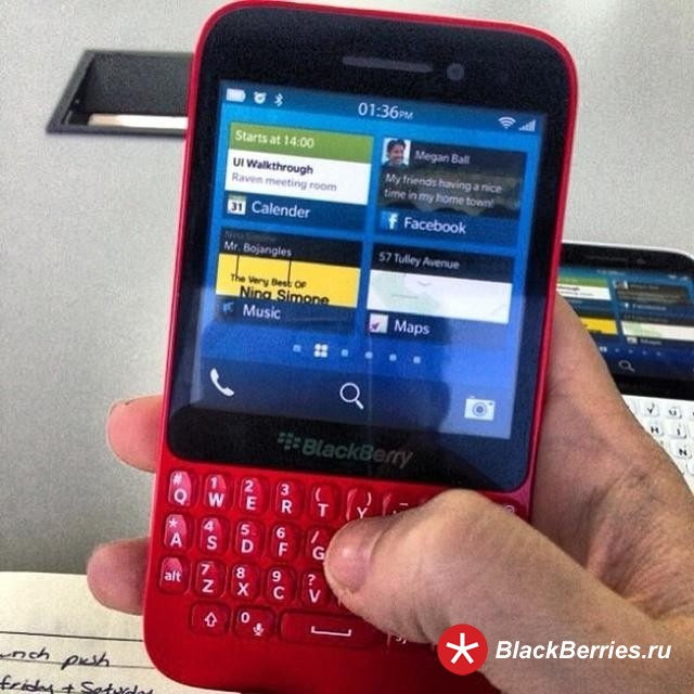 BlackBerry-R10-red