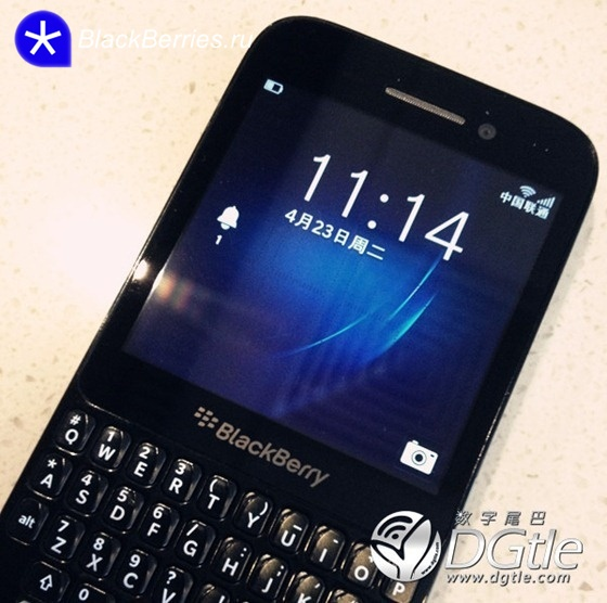 BlackBerry-R10-smartphone-05