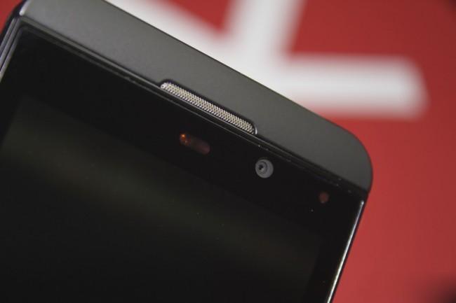 blackberry-z10-earpiece-140