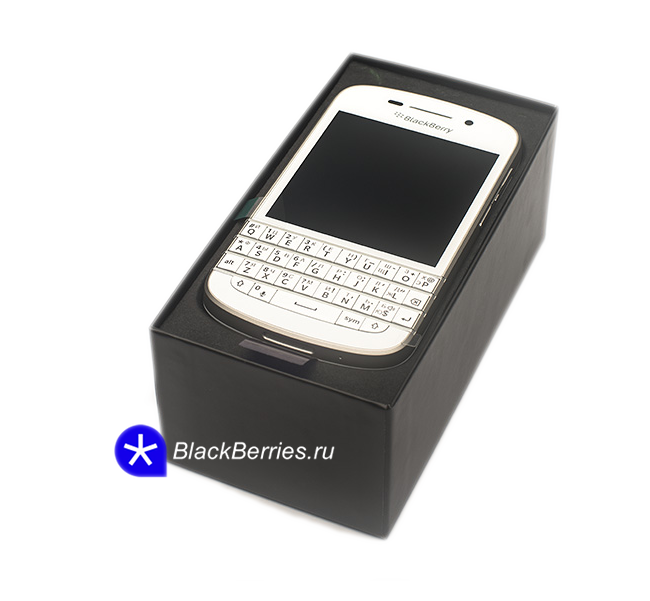 blackberry-q10-box-white
