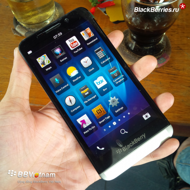 blackberry-Z00-2
