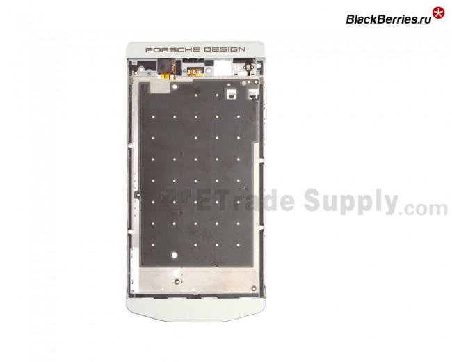 BlackBerry-Z10-Porsche-Edition-Middle-Plate-1