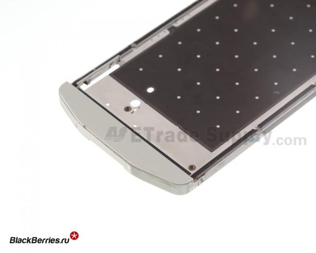 BlackBerry-Z10-Porsche-Edition-Middle-Plate-4