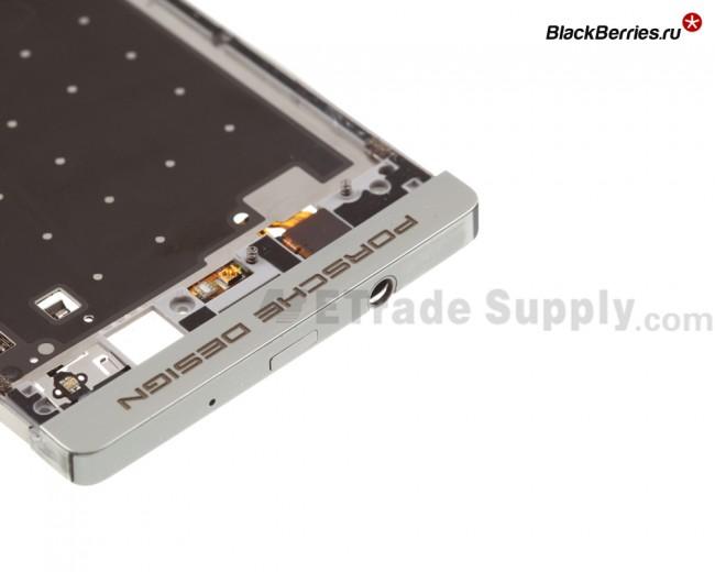 BlackBerry-Z10-Porsche-Edition-Middle-Plate-5