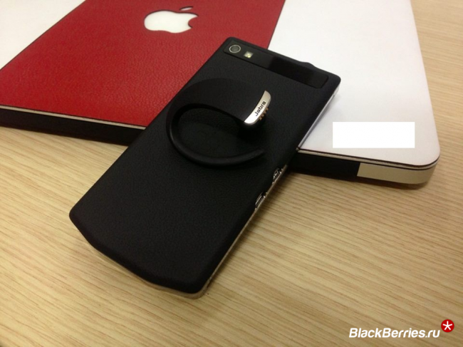 blackberry-porsche-design-p9982-1