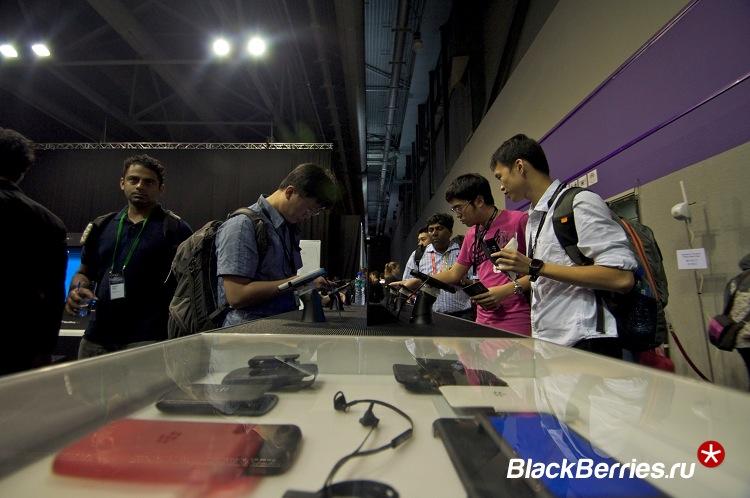 BlackBerry-Z30-8