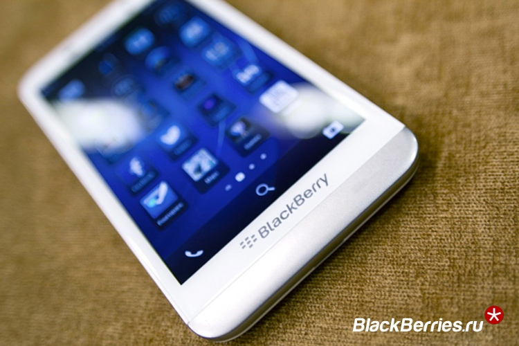 blackberry-z30-white-4b