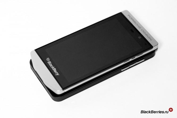 BlackBerry-P9982-vs-Z10-10