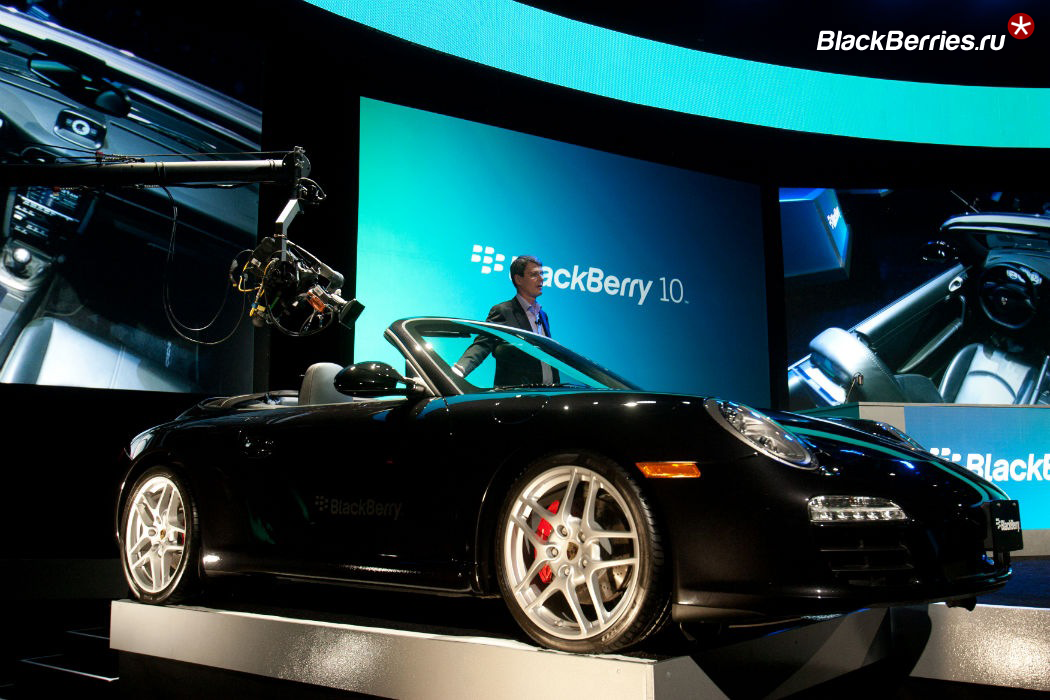 BlackBerry-QNX-Porsche1