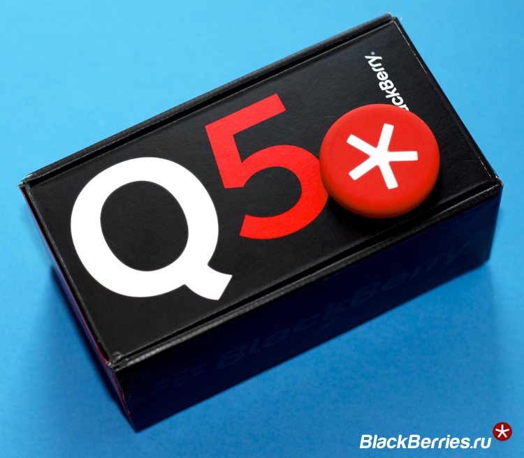 BlackBerry-Q5-Red-5