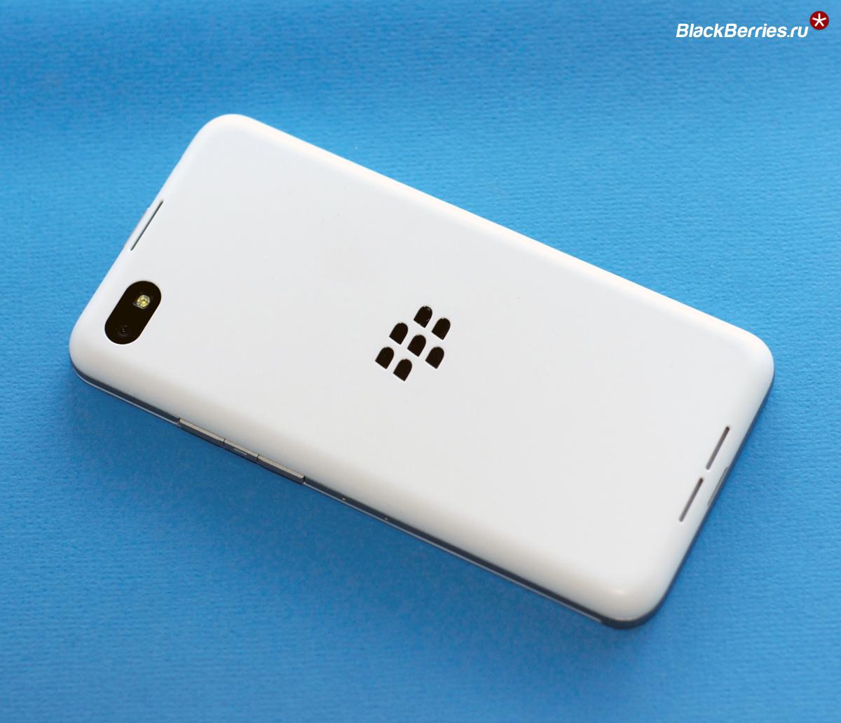 BlackBerry-Z30-White-1