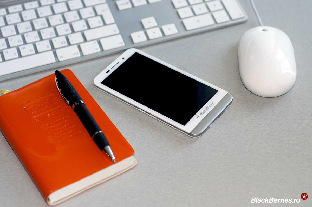 BlackBerry-Z30-White-7