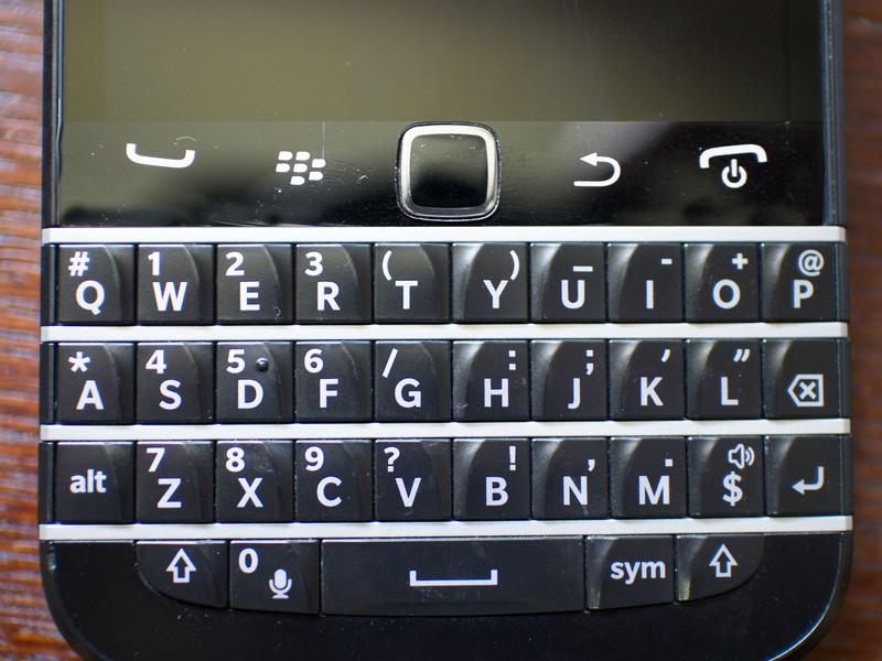 у BlackBerry 9900 Bold,