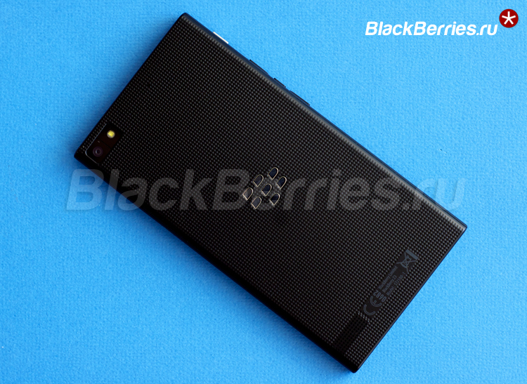BlackBerry-Z3-back-1