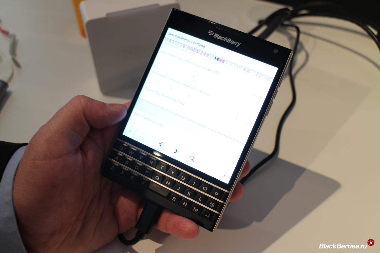 blackberry-passport-angle-1