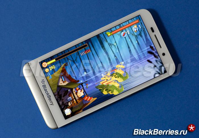 BlackBerry-Z30-Swamp-Attack