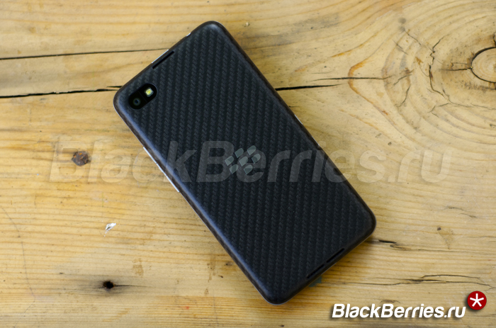 BlackBerry-Z30-photo