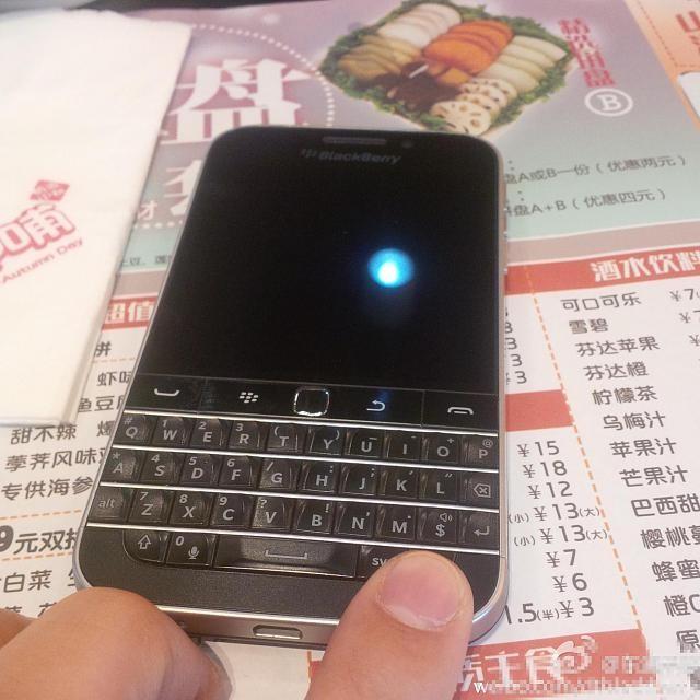 BlackBerry-Classic-Weibo1
