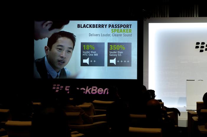 BlackBerry-Passport-Event-09
