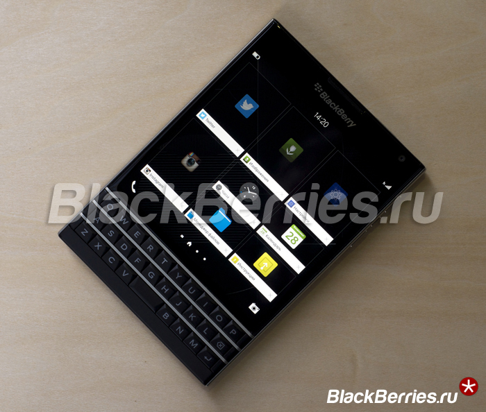 BlackBerry-Passport-Review-12