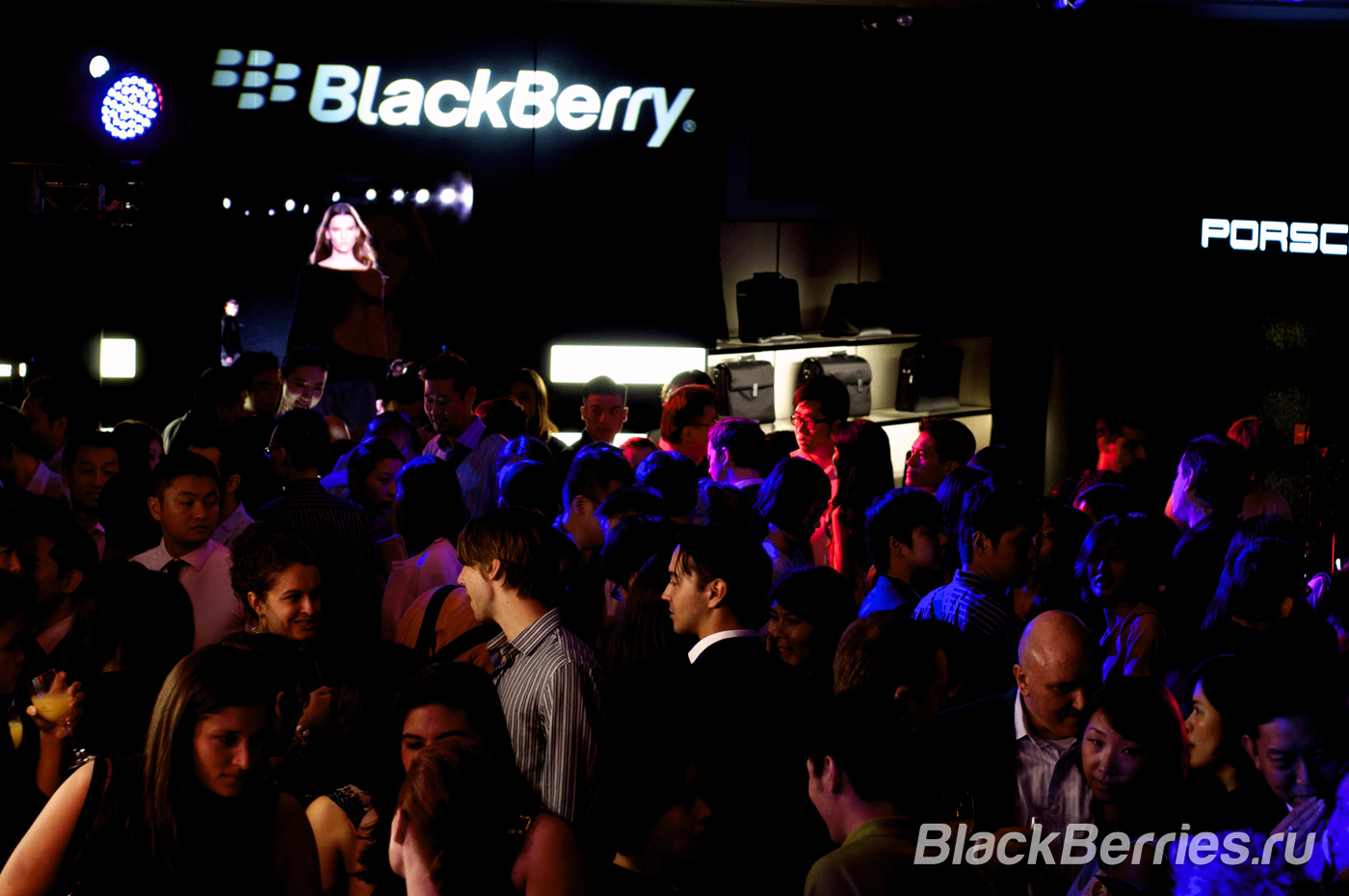 BlackBerry-Porsche-Design-Event-47