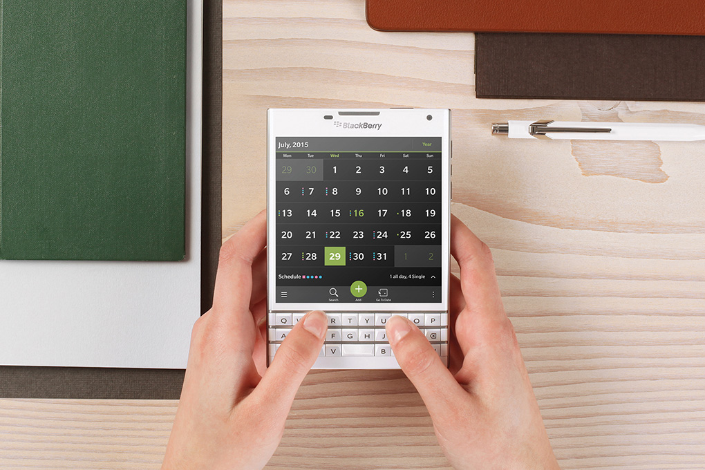 blackberry-passport_verge_super_wide