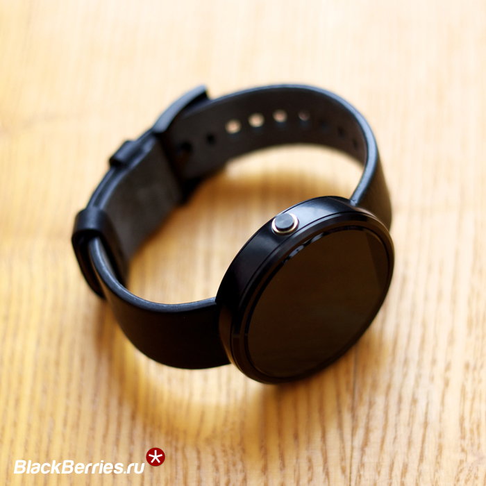 Motorola-Moto-360-08