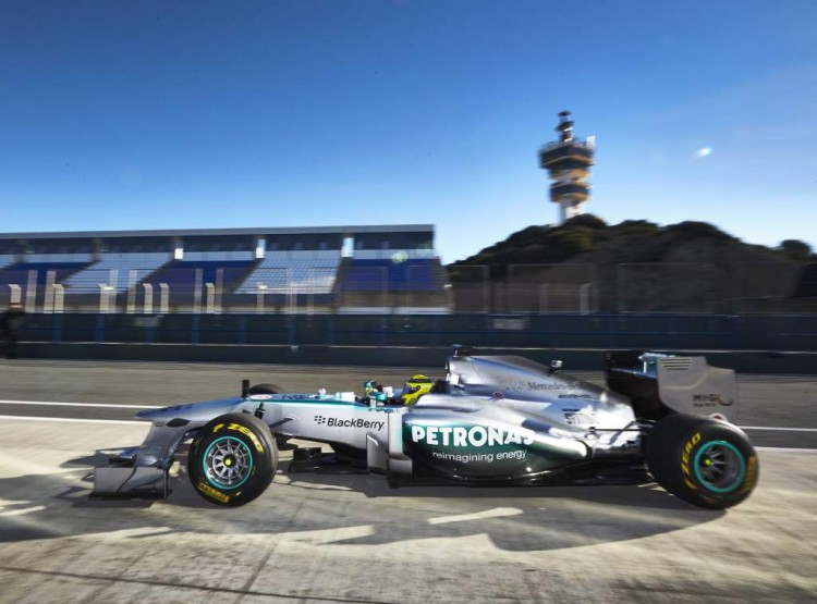 blackberry-mercedes-f1-2