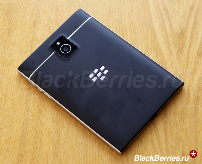 BlackBerry-Passport-22