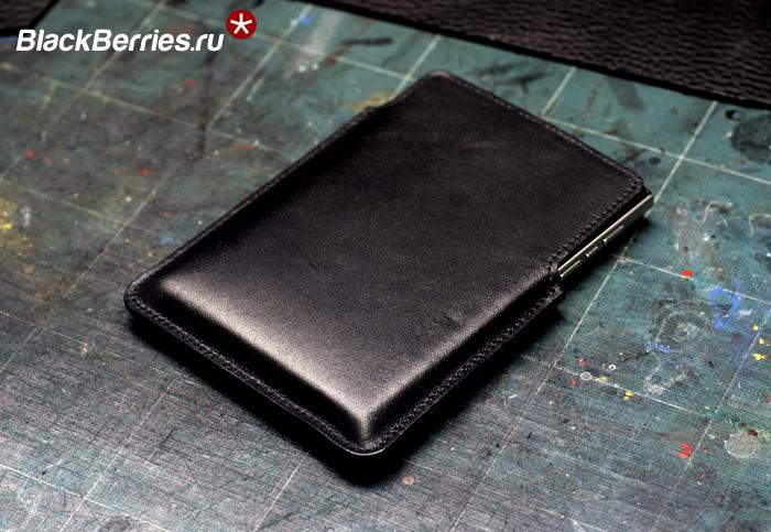 BlackBerry-Passport-Leather-Case-2