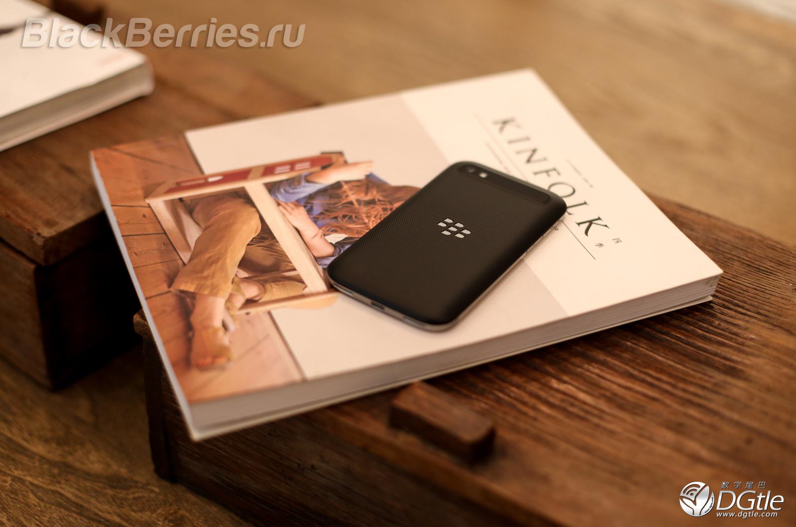 BlackBerry-Classic-25
