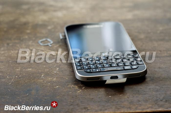 BlackBerry-Classic-Unpacking-16