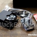 BlackBerry-Classic-Unpacking-18