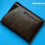 BlackBerry-Passport-Leather-Case-02