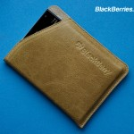 BlackBerry-Passport-Leather-Case-09