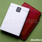 BlackBerry-Passport-White-18
