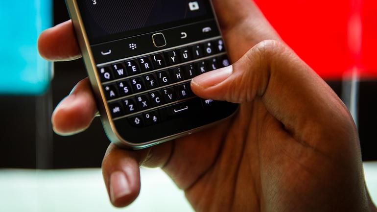 blackberry-classic-9485
