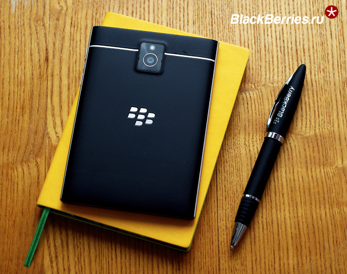 BlackBerry-Classic-vs-Passport-10