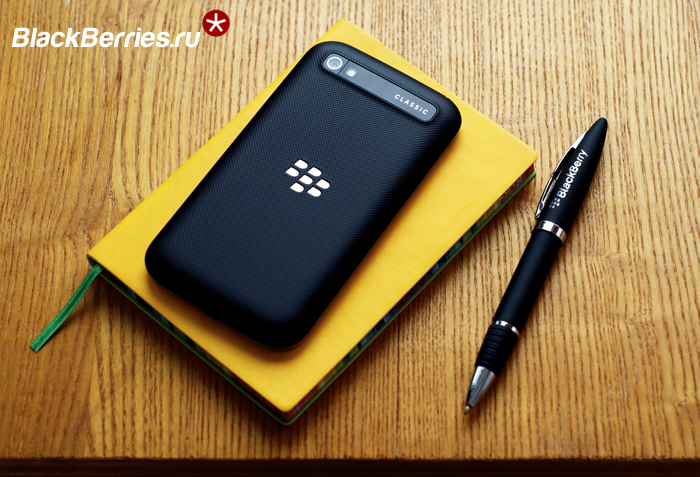 BlackBerry-Classic-vs-Passport-11