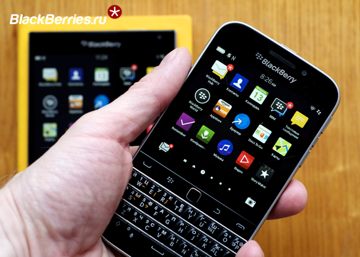 BlackBerry-Classic-vs-Passport-16
