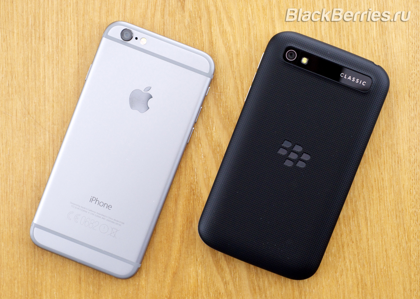 BlackBerry-Classic-vs-iPhone-Q10-Passport-35
