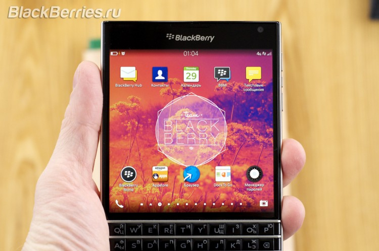 BlackBerry-Passport-HomeScreen-2