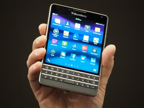 new-blackberry-passport_att