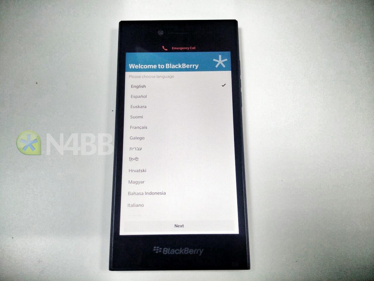 BlackBerry-Leap-12