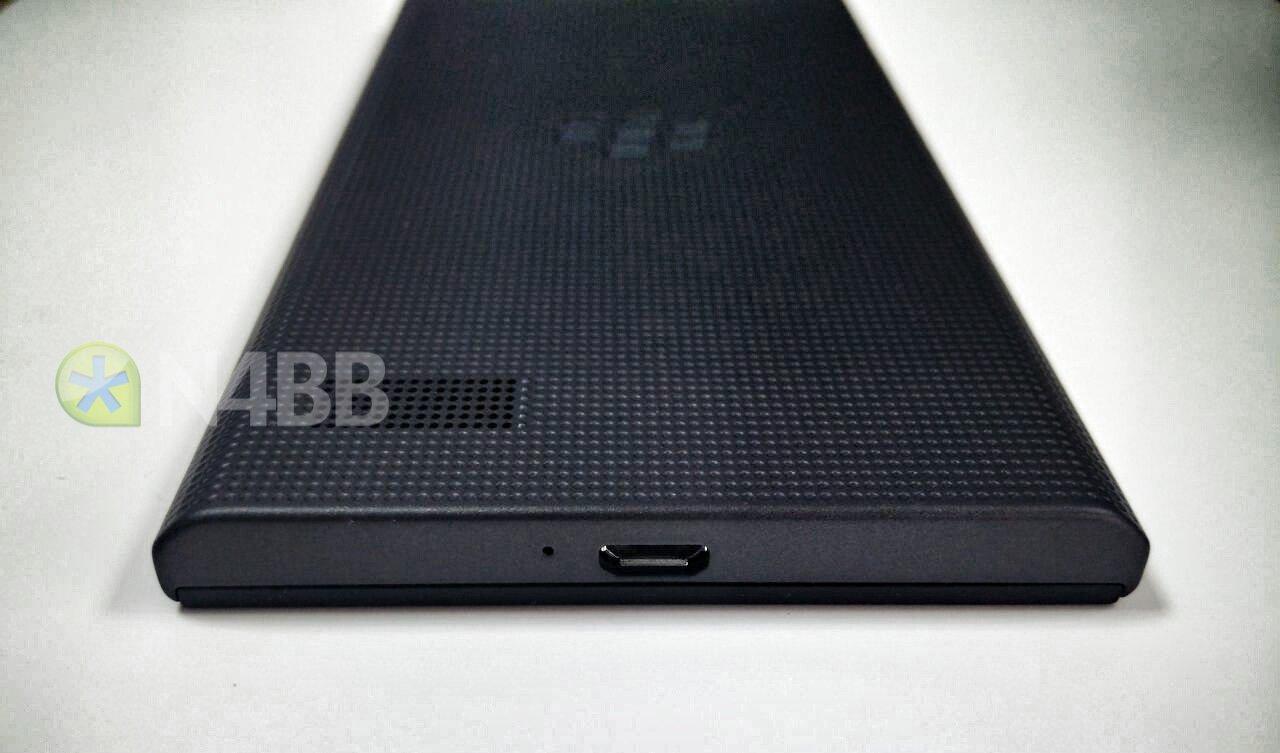 BlackBerry-Leap-14