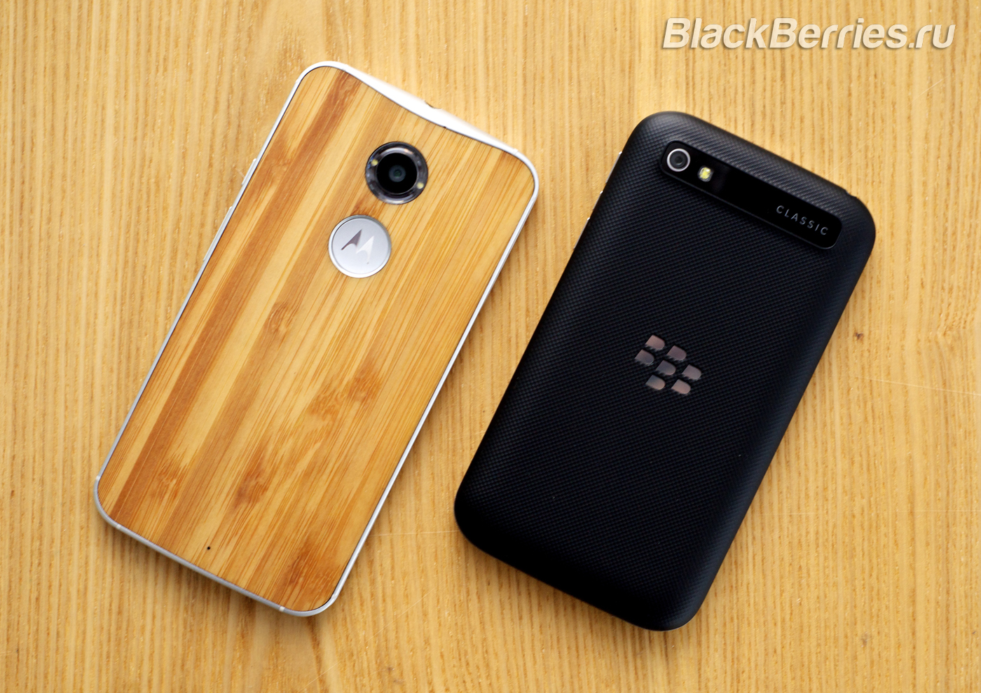 BlackBerry-Passport-Classic-Motorola-Moto-X-23