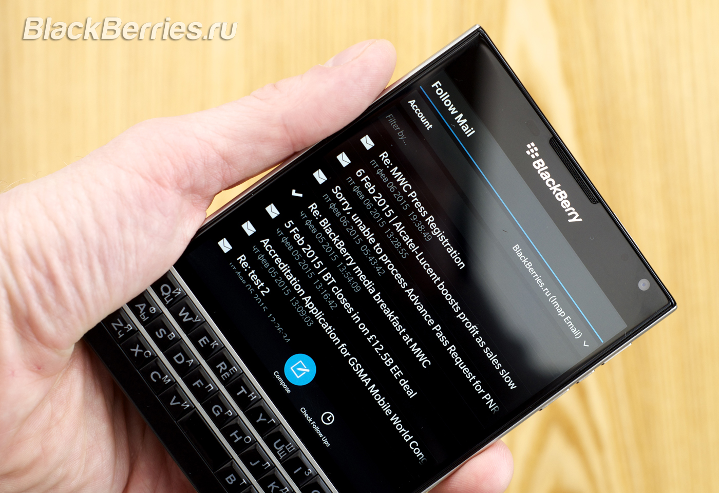 BlackBerry-Passport-FollowMail