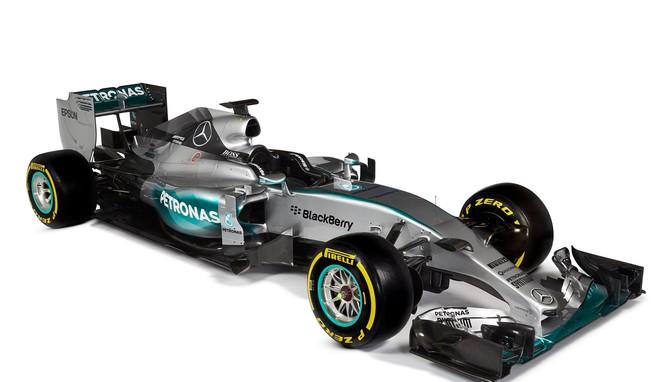 F1-W06-Hybrid-Silver-Arrow