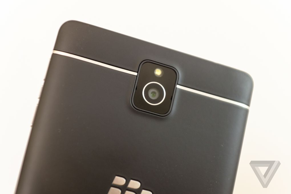 blackberry-passport-att-11